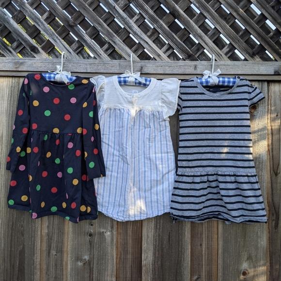 Girls 4T Bundle Off 3 Dresses